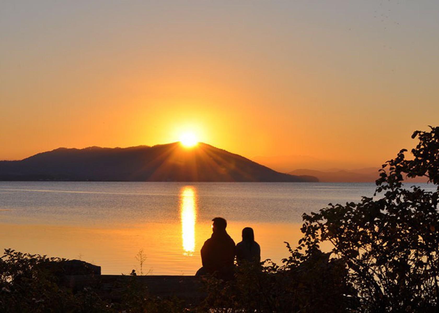 サロマ湖に沈む夕日
