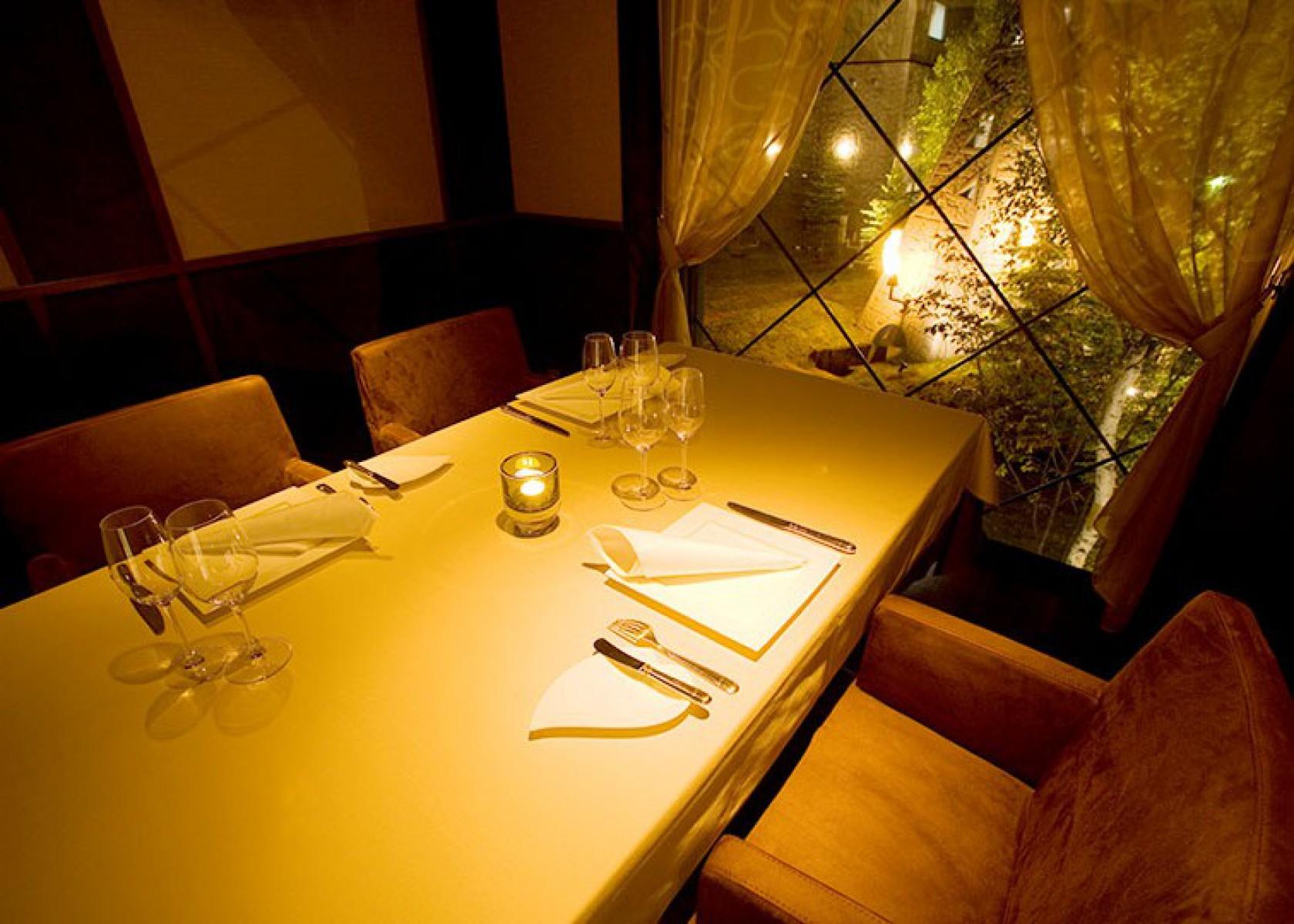 レストラン「灯々」