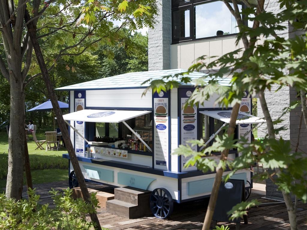 <終了>ハンバーガーショップ「水の謌ガーデン」2017年度営業日のご案内