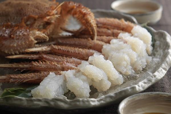 北海道を誇る特産品「毛ガニ」はお刺身でも蒸しでも