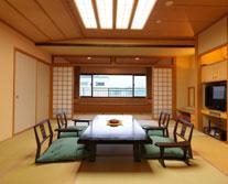 栞の館 山側グループ客室